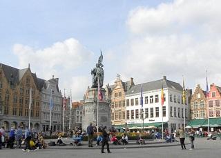 EUROPE  9-2011  01 1153
