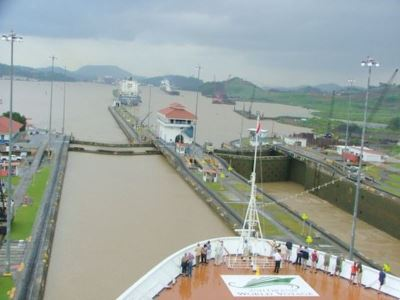ha_panama_canal_file00296-large-content