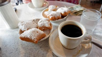 flavours-of-new-orleans-cafe-du-monde-1